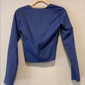 Banana Republic Tops - NWT Banana Republic faux tie/button closure blouse